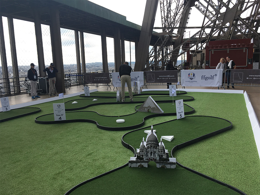 golf-tour-eiffel
