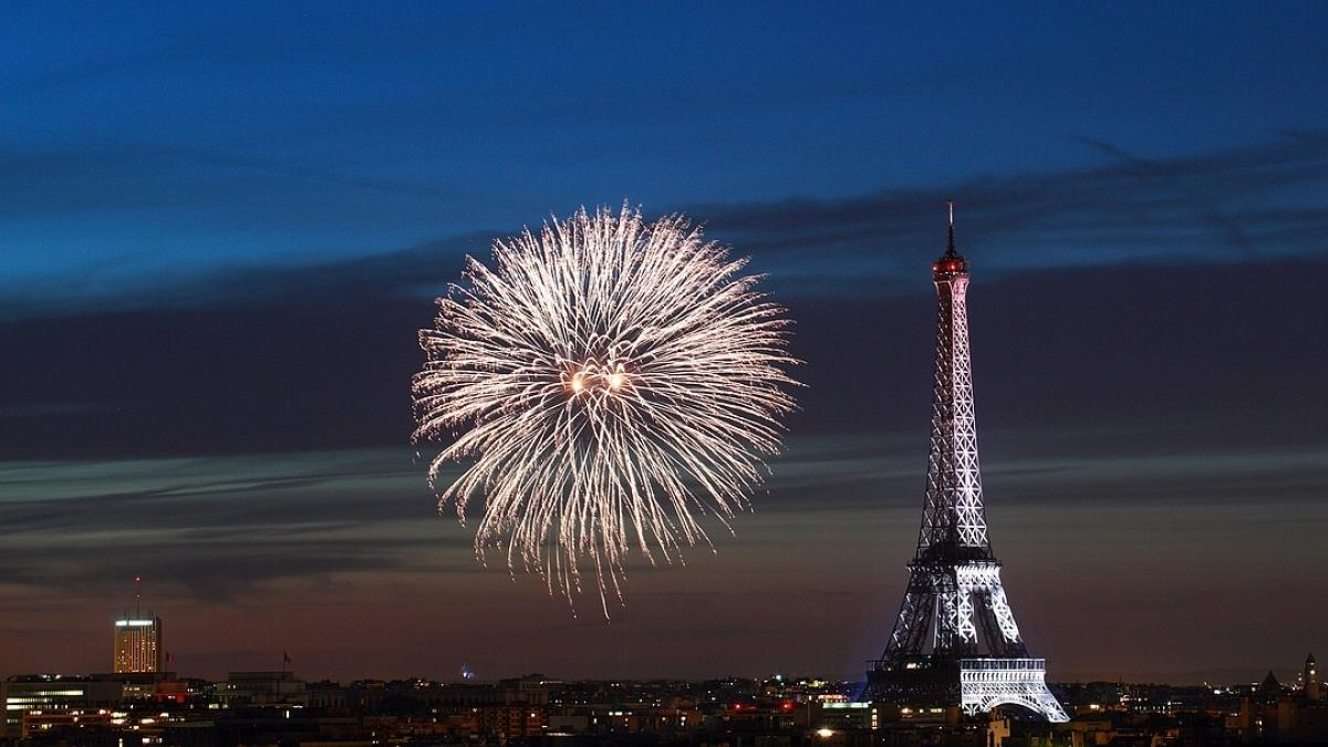 feu d'artifice à la tour Eiffel 2017