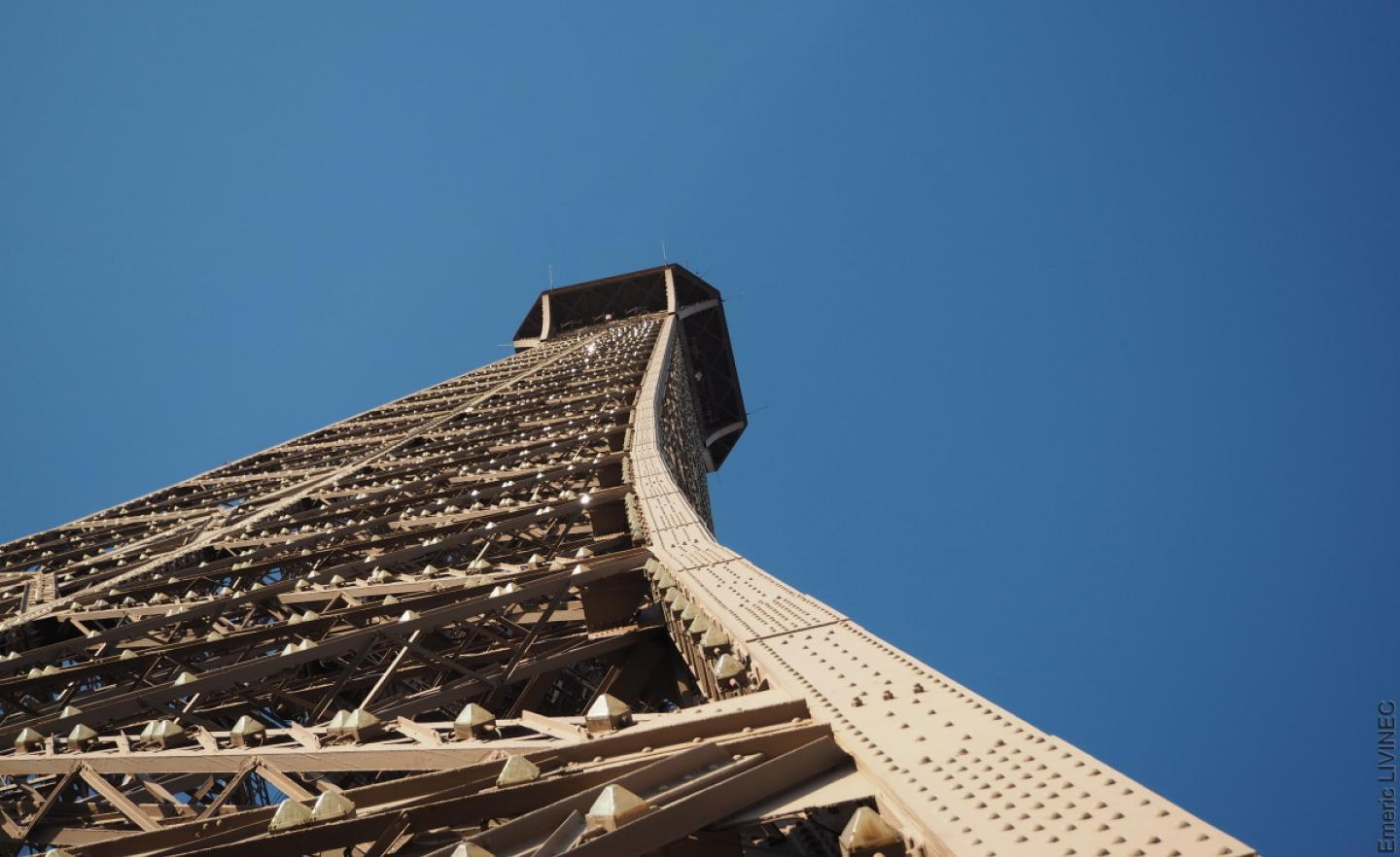 Explore The Top Of The Eiffel Tower Official Website