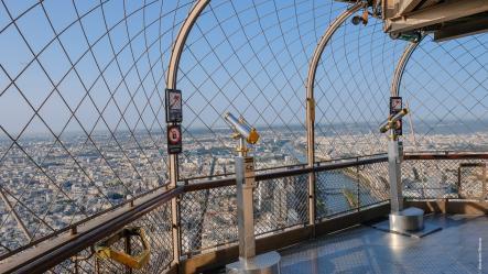 Dernier Etage De La Tour Eiffel
