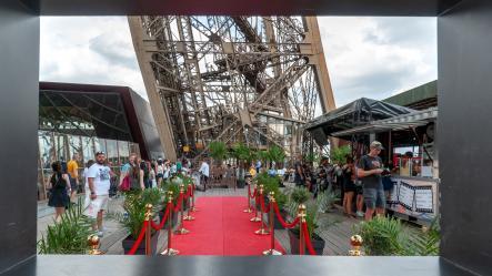 Que Voir A La Tour Eiffel Au Mois Daout