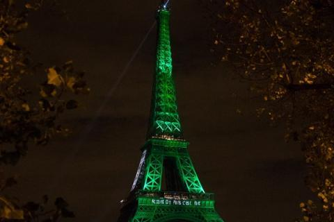 Illumination Accord de Paris pour le climat