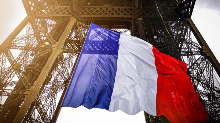 Drapeau français à la tour Eiffel
