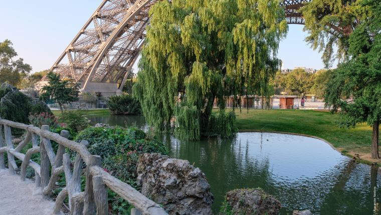 Photo jardins de la tour Eiffel