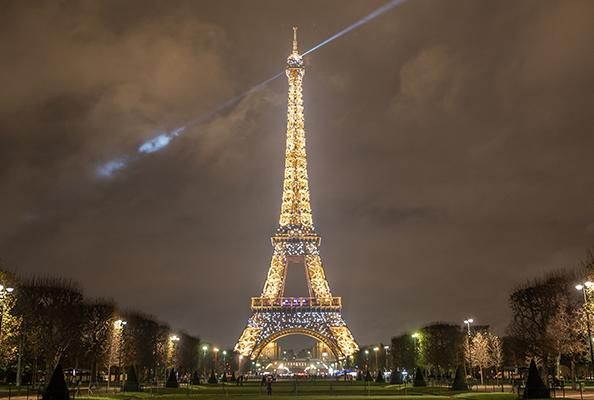La tour eiffel pour les entreprises et les professionnels - Salon gustave eiffel ...